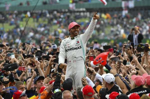 Hamilton trying to leave positive F1 legacy through his achievements