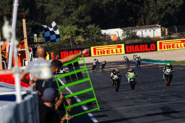 Buis crowned 2020 WorldSSP300 Champion as Perez claims last-ditch win
