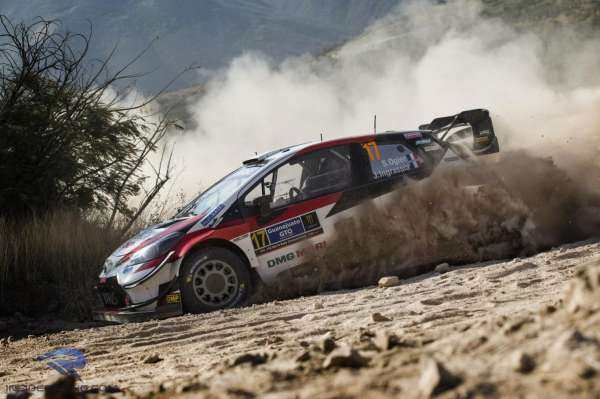 Ogier on course to equal Loeb's winning record at Rally Mexico