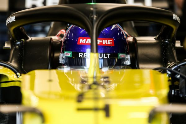 fernando-alonso-test-with-renault-barcelona-28FF9F7C6-4B5D-41FB-8986-5DBAFC518891.jpg
